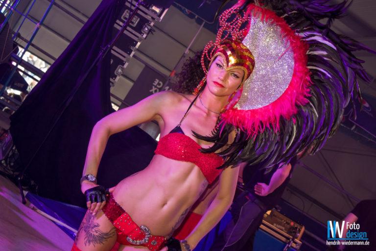 La Vida Loca Dancers Paradise